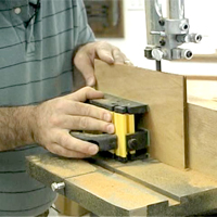 Using Grr-Ripper on Bandsaw
